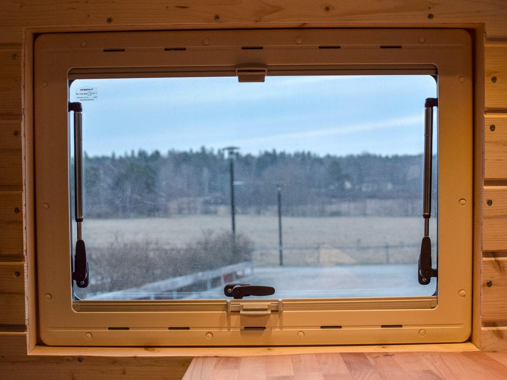 Seitz S4 Fenster mit Müchennetz